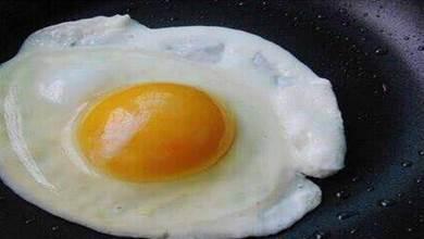自己煎的荷包蛋不如飯店的好吃?廚師:你是熱油下鍋還是冷油下鍋
