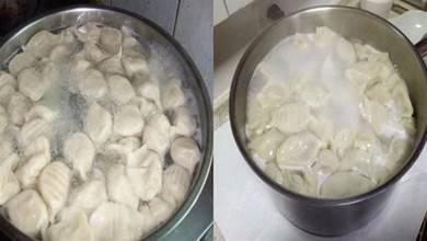 煮餃子時別再只用清水了,「記住加3樣東西」口感香嫩,不易破皮