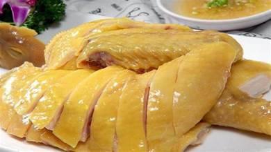 「白切雞」好不好吃,關鍵在於「煮雞」,看似簡單其實很有技巧