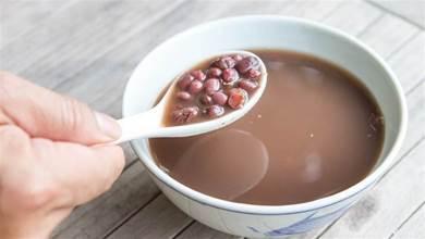 不管煮紅豆還是綠豆,掌握1個小技巧,豆子10分鐘就能煮開花