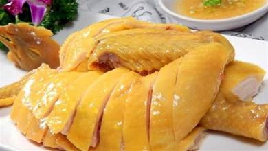 廣東人愛吃的白切雞,原來做法這麼簡單,皮爽肉滑,吃了就愛了