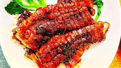 沒有烤箱也能做的「簡易叉燒肉」,一周吃2回,甜潤酥香,嫩出汁