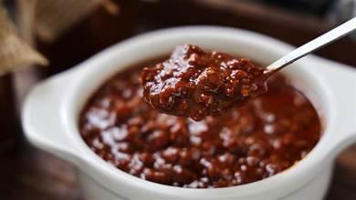 秋冬季節的下飯神器,我家每年必做的牛肉醬,拌飯拌面超香