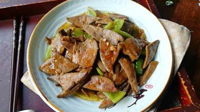 教你做豬肝的小竅門,做出的豬肝滑嫩不腥,不老不柴,健康吃法