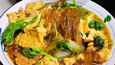 白菜無論是燉粉條還是豆腐,學會這做法,都越燉越香,越燉越入味