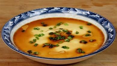 蒸雞蛋羹,加熱水還是涼水?大廚教你不外傳技巧,雞蛋嫩滑無氣孔