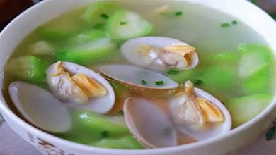 絲瓜蛤蜊湯,秋天我家最愛喝的一碗湯,湯水鮮甜又營養,每次做一鍋都喝個精光