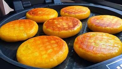 用南瓜做早餐餅,不用麵粉,不加一滴水,比肉還香,上桌掃光光
