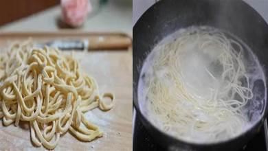 煮麵條時,水開下鍋就錯了!牢記這3點,麵條爽滑筋道,快試一試