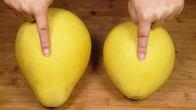 買柚子時,挑「尖的」還是「圓的」?學會一招,柚子個個皮薄肉多