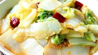 炒白菜,最忌諱直接下鍋炒,多加1步,白菜鮮嫩脆爽、不出水