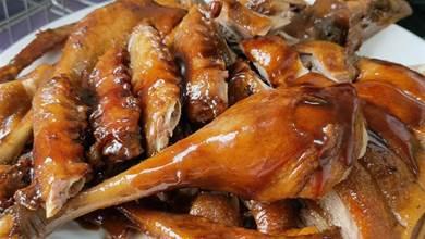 教你鴨子的家常做法,配料簡單步驟少,1大只不夠吃