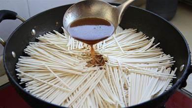 麵條不要水煮,換種新做法,比水煮好吃比炒簡單,我家一周吃5次