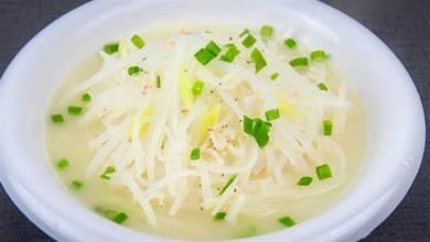 一根白蘿蔔,一把蝦皮,幾分鐘做一鍋清淡的蘿蔔湯,開胃順氣