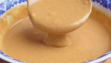 調芝麻醬時,不要馬上加水調,大廚教你一招,細膩爽滑吃起來更香