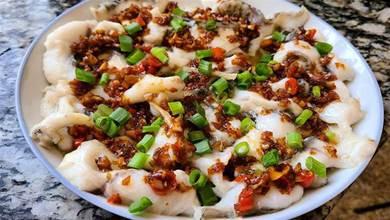 蒜香魚片,又香又好吃的一道家常菜,味道鮮美,值得一吃