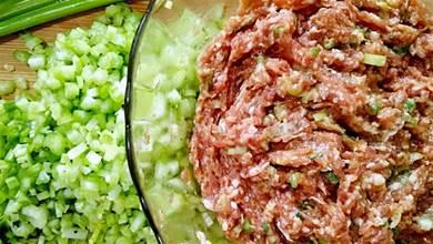 調肉餡時,牢記兩放三不放,肉香無腥,鮮嫩多汁,教你正確做法
