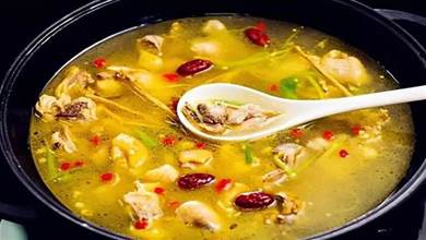 燉雞湯,直接加水燉就錯了,大廚教你正確做法,湯鮮味美,香氣足