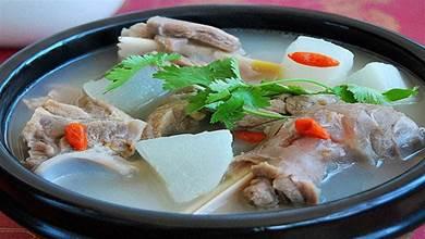 燉羊肉湯,最忌亂放調味料,訣竅告訴你,不腥不膻,湯鮮肉嫩軟爛