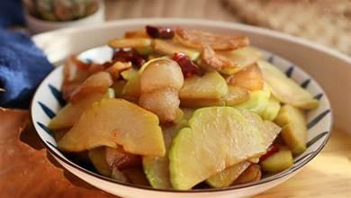 佛手瓜,蔬菜中的「硒庫」,含鐵量是南瓜的4倍,一家人要多吃