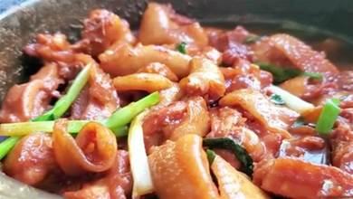 雞肉煲這樣做好吃,色澤好看誘人胃口,口感鮮香美味無比