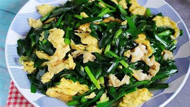 晚餐,常給家人吃這肉,搭配韭菜一炒真鮮美呀,健康低脂吃不煩