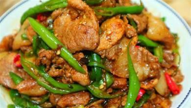 為什麼飯店的辣椒炒肉那麼好吃,原來大廚是這樣做的,難怪這麼香