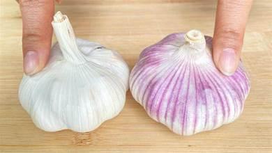 買大蒜時,白皮的好還是紫皮的好?老蒜農說了實話,以後別買錯了