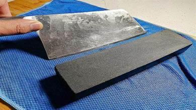 磨刀是豎磨,橫磨還是斜磨?有人提刀就錯,教你削鐵如泥正確方法