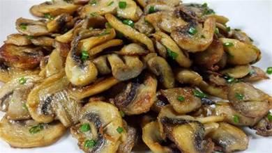 這才是口蘑最香的做法,自從這樣做過後,家人總是點名要吃口蘑!
