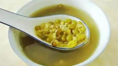 熬綠豆湯總發紅?直接下鍋煮就錯了,多加這1步,綠豆久煮不紅