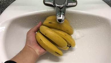 香蕉用水沖一沖,作用真厲害,我也是今天剛知道,快回家試試