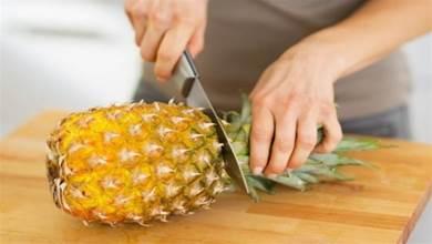 吃菠 蘿時,有人直接吃,有人鹽水泡!果農:都不對,教你正確做法