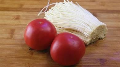 2個番茄,1把金針菇,我家一周做6次,上桌就搶吃光,真香!